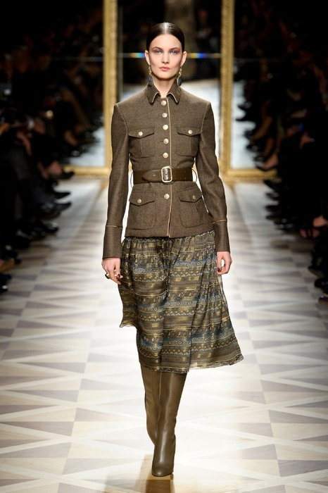 http://geniusbeauty.com/wp-content/uploads/2012/05/SalvatoreFerragamo_military_collection33.jpg