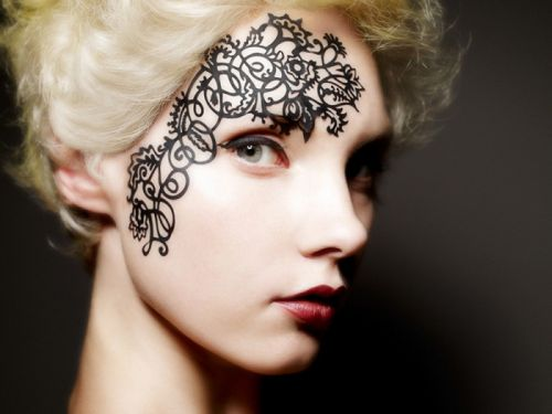Face Lace - the Trend of Winter 2013