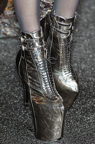 17 Weirdest Shoe Designs Of All Times Fashion Amp Wear