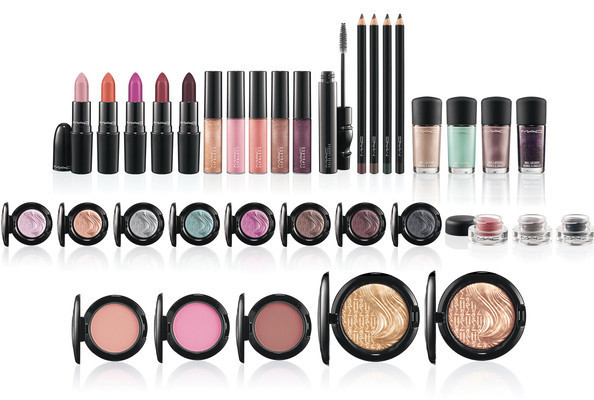 Mac Glamour Daze Makeup Items