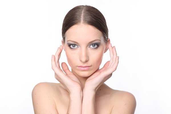 ace-skin-woman-beauty-makeup