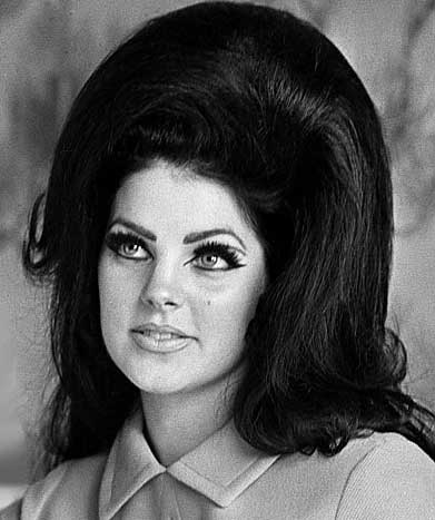 8 Trendiest Hairstyles Seen on Celebrities of the Past | Cosmetics ...