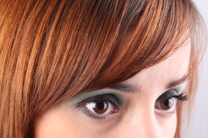 eye-color-woman-eye-makeup