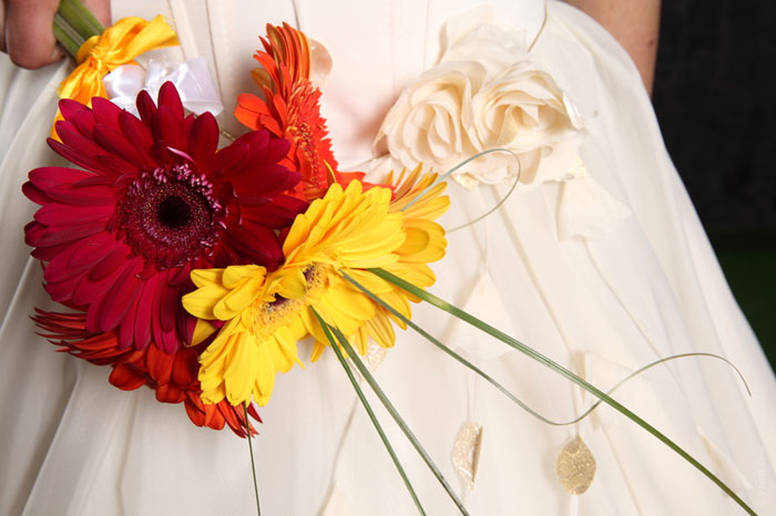 wedding-proposal-dress-flowers-white-engagement