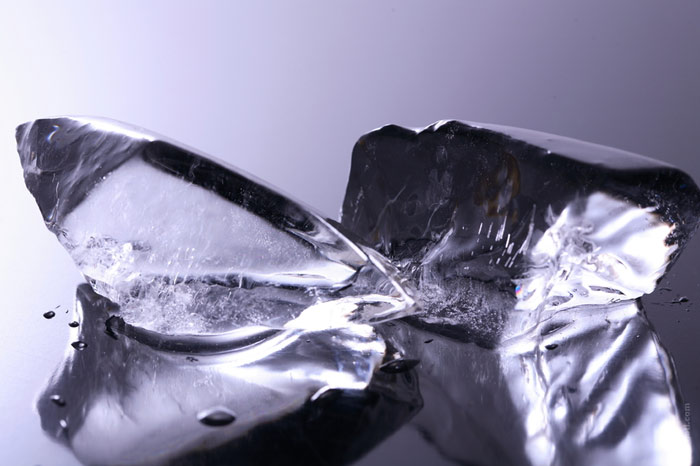 700-ice-cube-water-cold