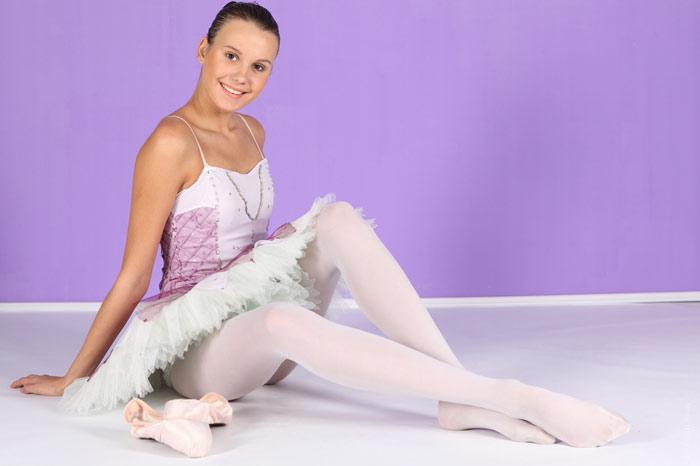 700-ballet-woman-girl-sports-exercise-beauty-legs