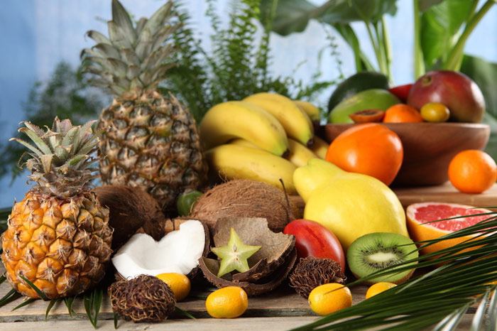 700-diet-weight-food-eat-nutrition-orange-banana-kiwifruit-coconut-pineapple-apple-fruits