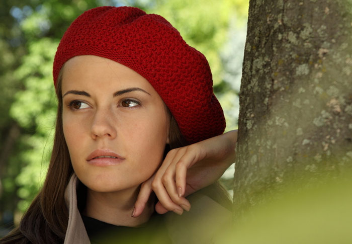 700-fall-autumn-woman-cold-hat-red-style