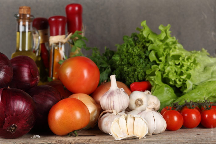 700-veggies-vegetables-food-eat-diet-nutrition-garlic-tomato-salad