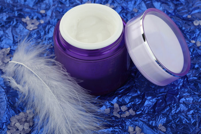 700-cream-beauty-treatment