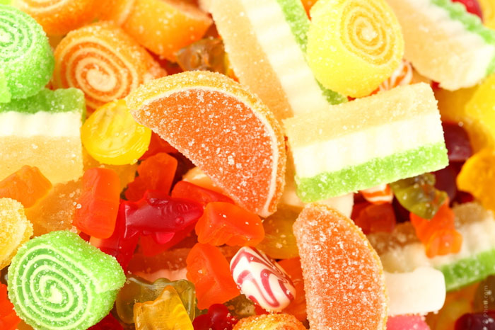 700-diet-eat-weight-sweet-sugar-gelatine-bon-bon-lollipop-calories-food-nutrition-unhealthy