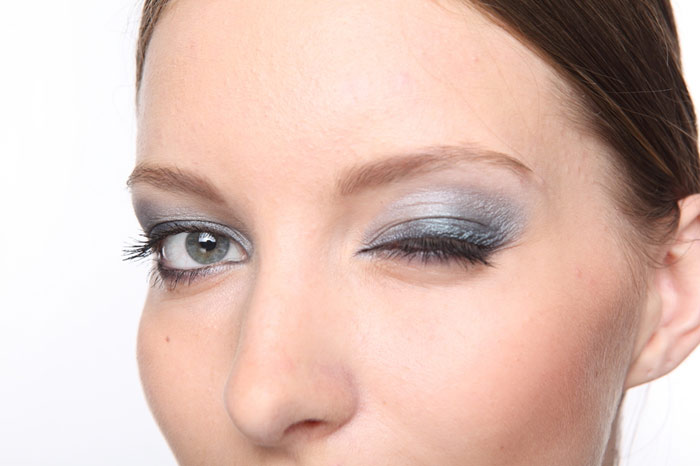 700-eye-makeup-woman-face-skin-beauty-eyeshadow-smart-ok