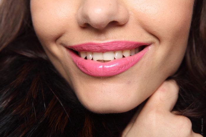 700-lips-beauty-face-skin-lipstick-cosmetics-makeup-teeth-smile