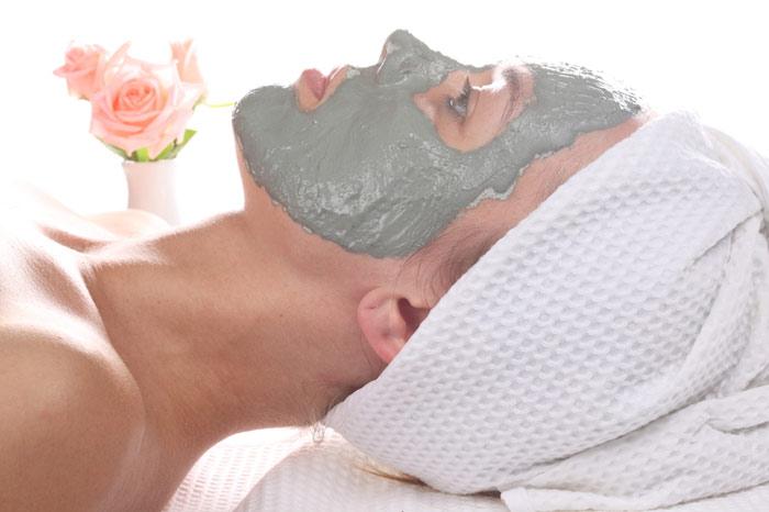 700-cosmetics-woman-face-skin-beauty