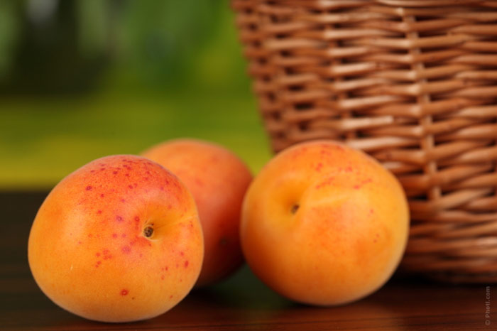 700-peaches-fruit-weight-diet-nutrition