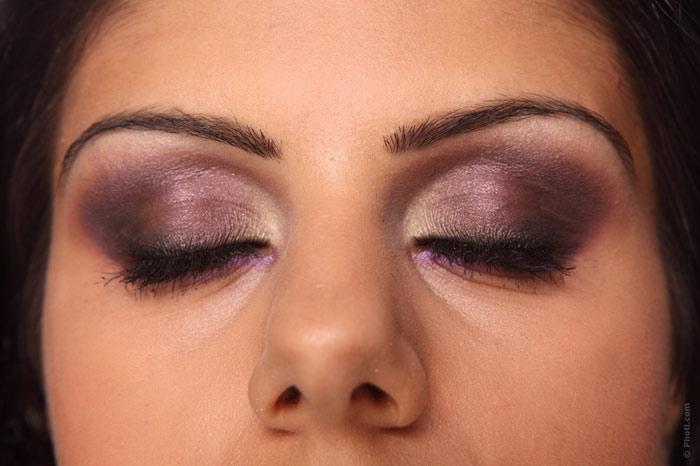 700-makeup-women-eye-face-skin-beauty-woman-eyeshadow-east-eyes-cloes