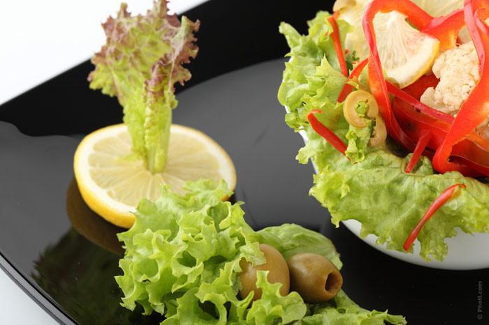 700-diet-nutrition-food-salad-plate-dinner-weight
