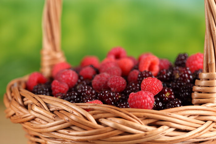 700-berries-food-fruits-rarspberry-strawberry-nutrition-diet