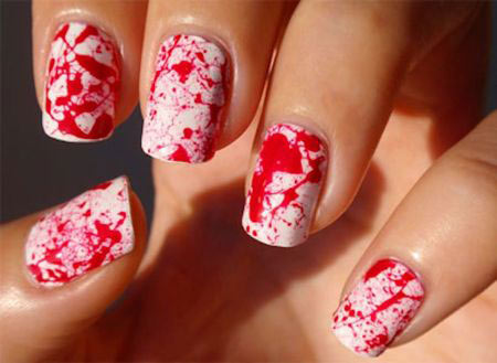 -halloween-mani-blood