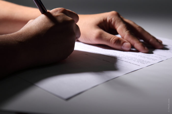 700-job-contract-marriage-sign-signature