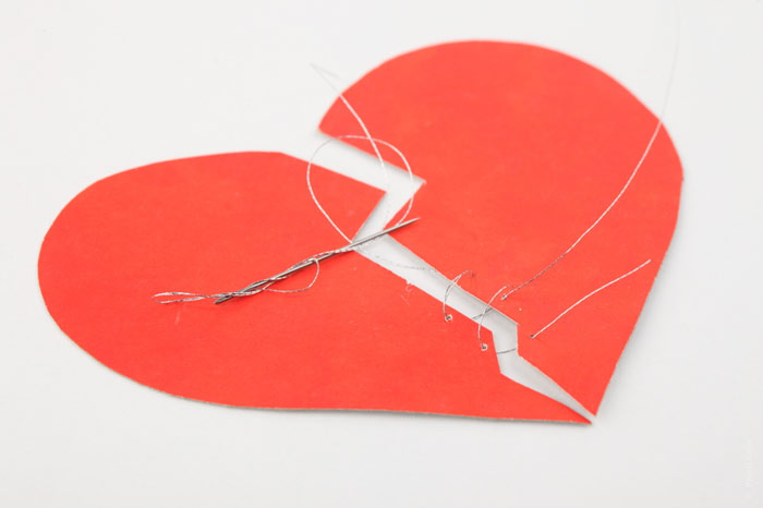 700-love-broken-heart-sewing-divorce-split-breakup