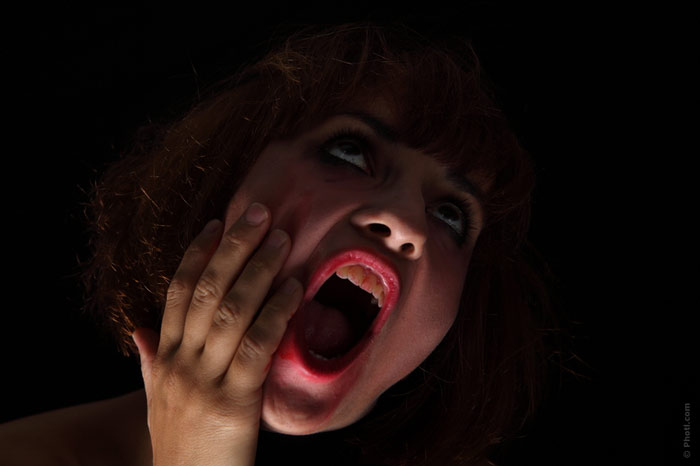 700-woman-scream-weird-halloween-cry-lipstick-crazy-