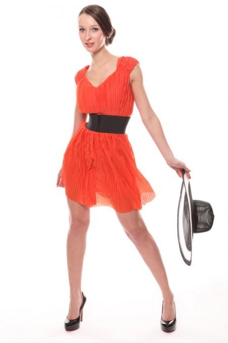 700-fashion-style-beauty-dress-red-woman-