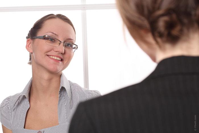 700-job-interview-work-meeting-smile-eyeglasses