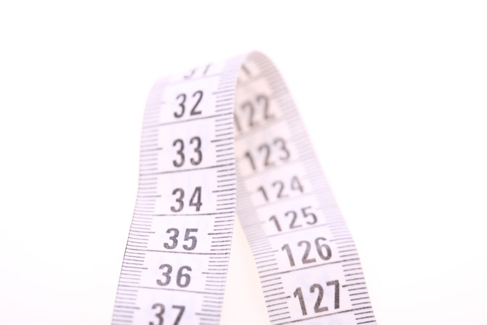 700-weightloss-tape-centimeters