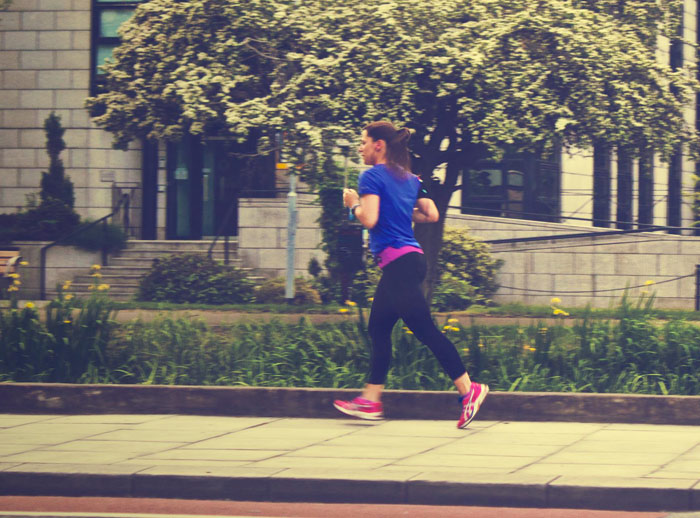 runner-running-jogging-woman-sports-fitness