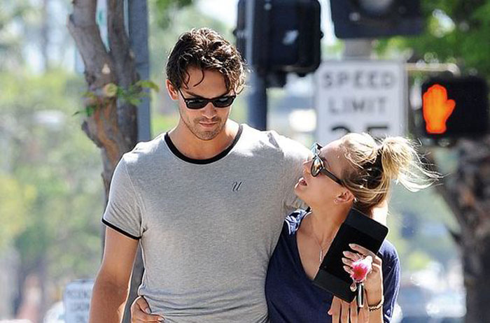 Henry-Cavill-and-Kaley-Cuoco