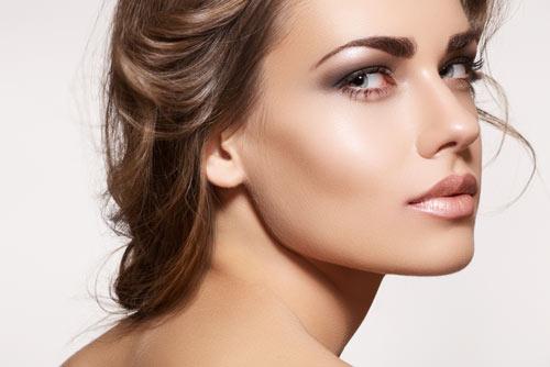 highlighter-makeup