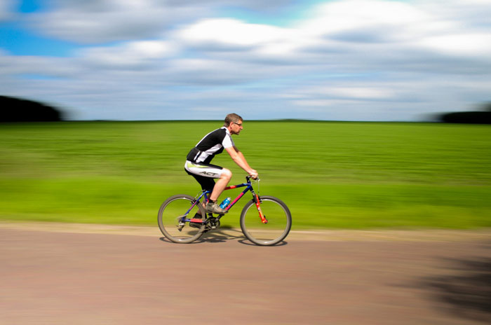 Cyclist-bicycle-race-fitness-sports-speed