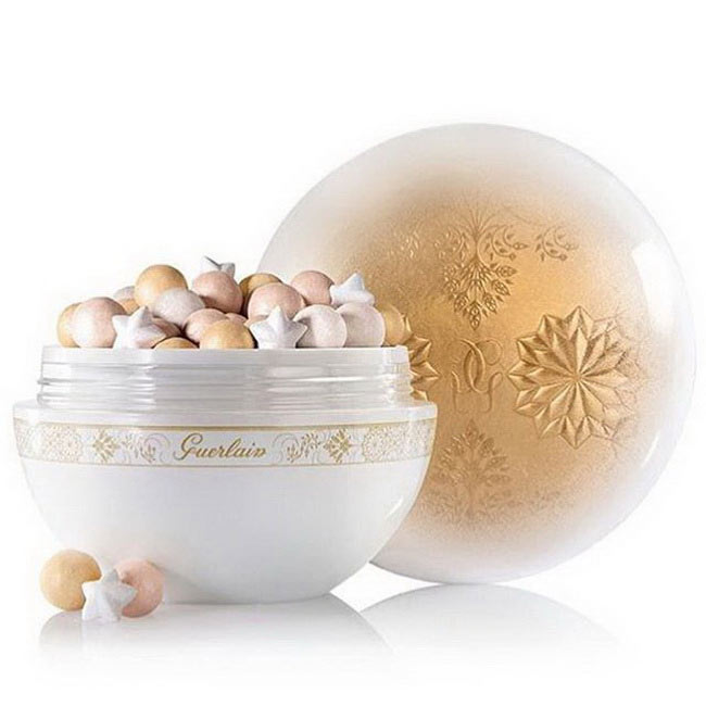 Guerlain-Christmas-Holiday-2015-2016-Neiges-et-Merveilles-Collection-Meteorites-Flocons-Enchantes-1