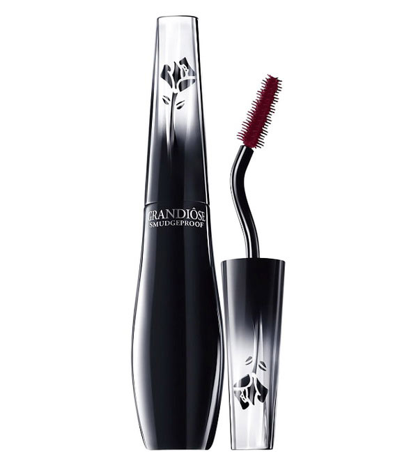 Lancome-Fall-2015-Parisian-Inspiration-Collection-by-Caroline-de-Maigret-Grandiose-Mascara