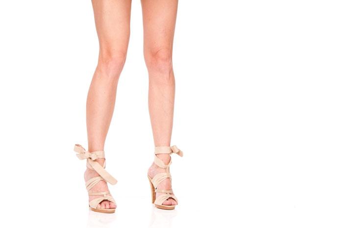 legs-woman-beauty-shoes-sandals