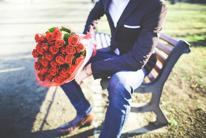 love-romantic-roses-flowers-gift-valentines-day-man-guy-dating-love