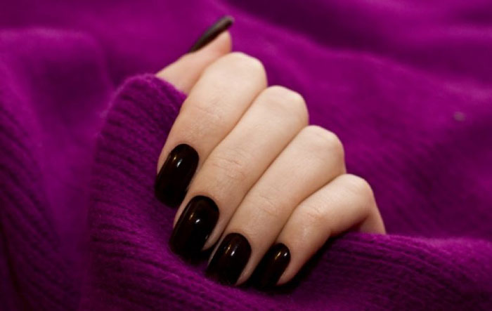 wine-colored-manicure235