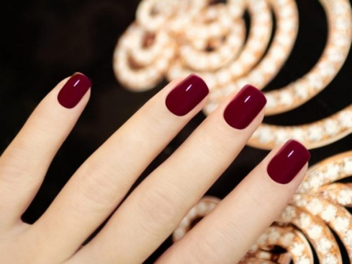 wine-colored-manicure6579