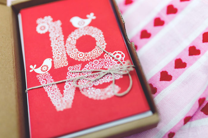 kaboompics-com_set-of-valentines-cards-1