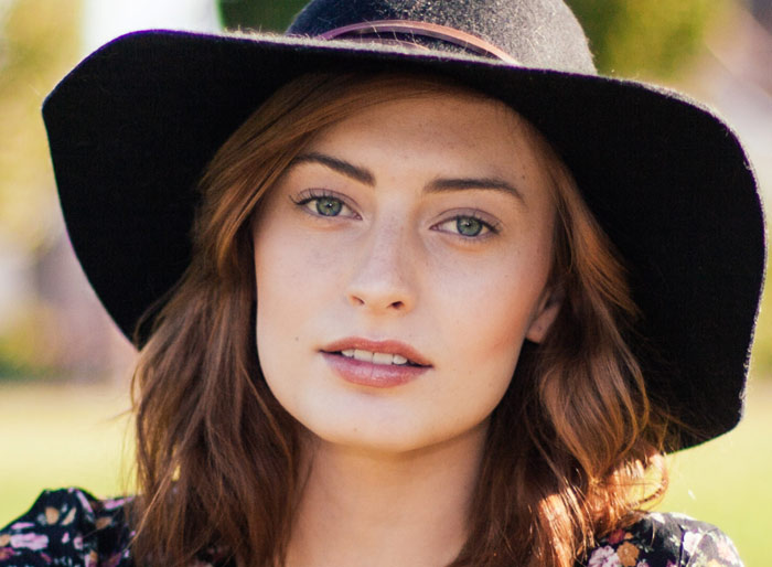 girl-woman-beauty-skin-face-hat