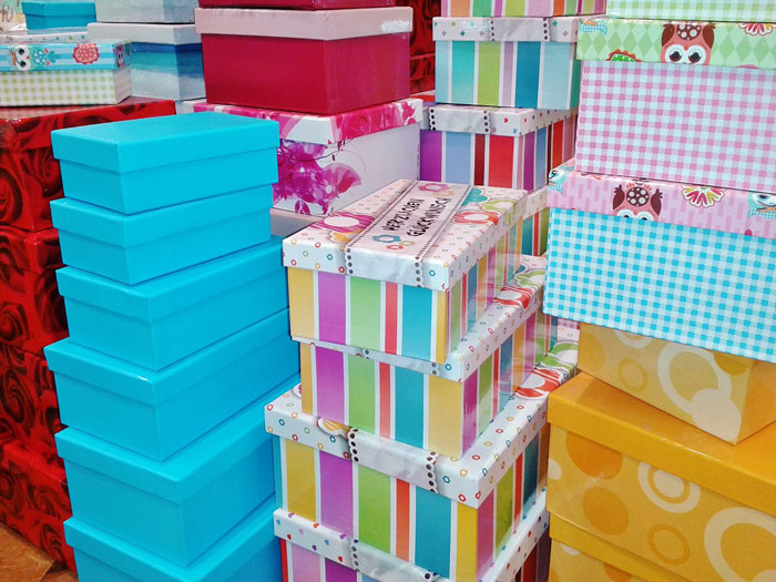gift-boxes-storage-old-stuff-package-packing