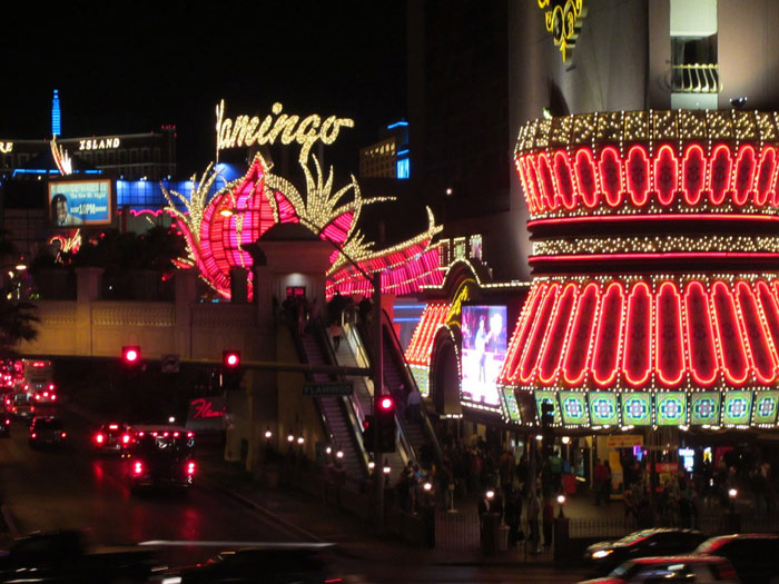 las-vegas-casino-play-money-entertainment-traveling-night-life