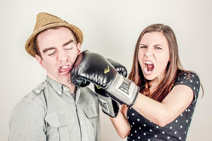 argument-conflict-box-not-talking-couple