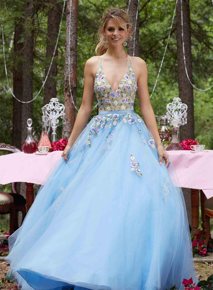 Choose a Well Designed Prom Dress | Fashion & Wear - Geniusbeauty