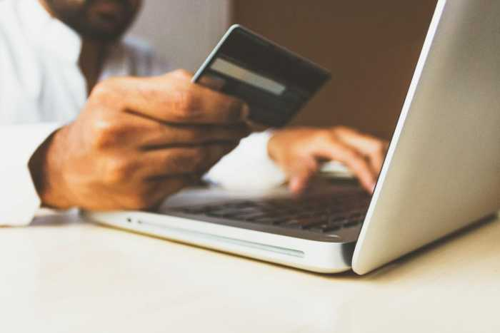 Yes, there is such thing as safe online shopping.