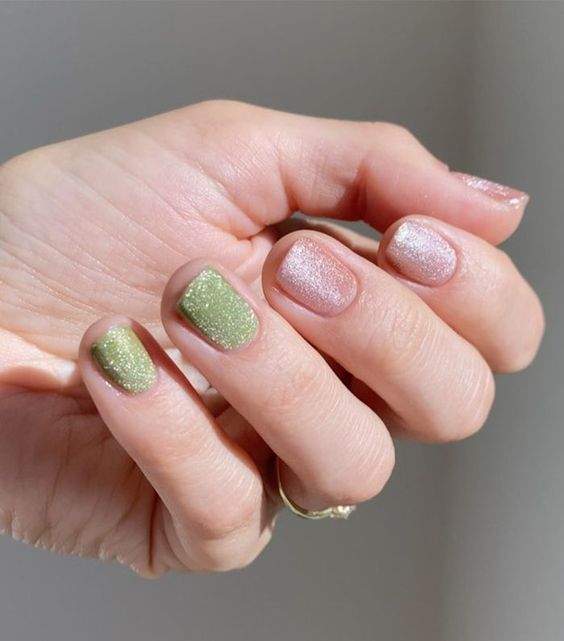 velvet nails - pinterest